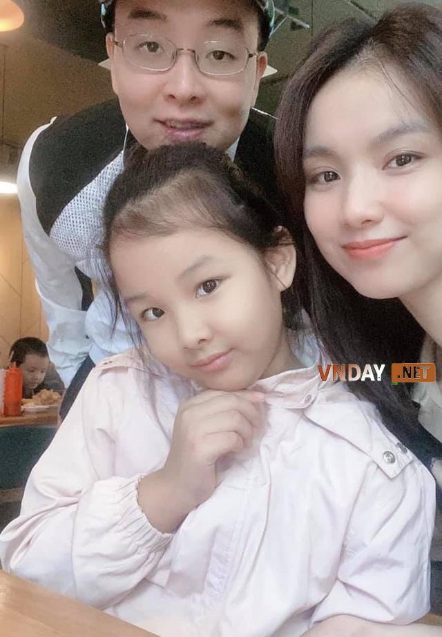 Gia đình hạnh phúc của Hoa hậu Thùy Lâm